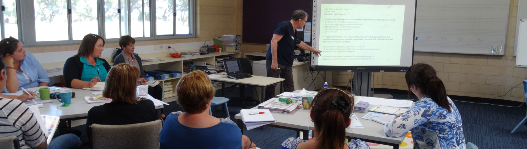 Dr Kim Pedlow discussing learning difficulties at a primary school in Geraldton WA